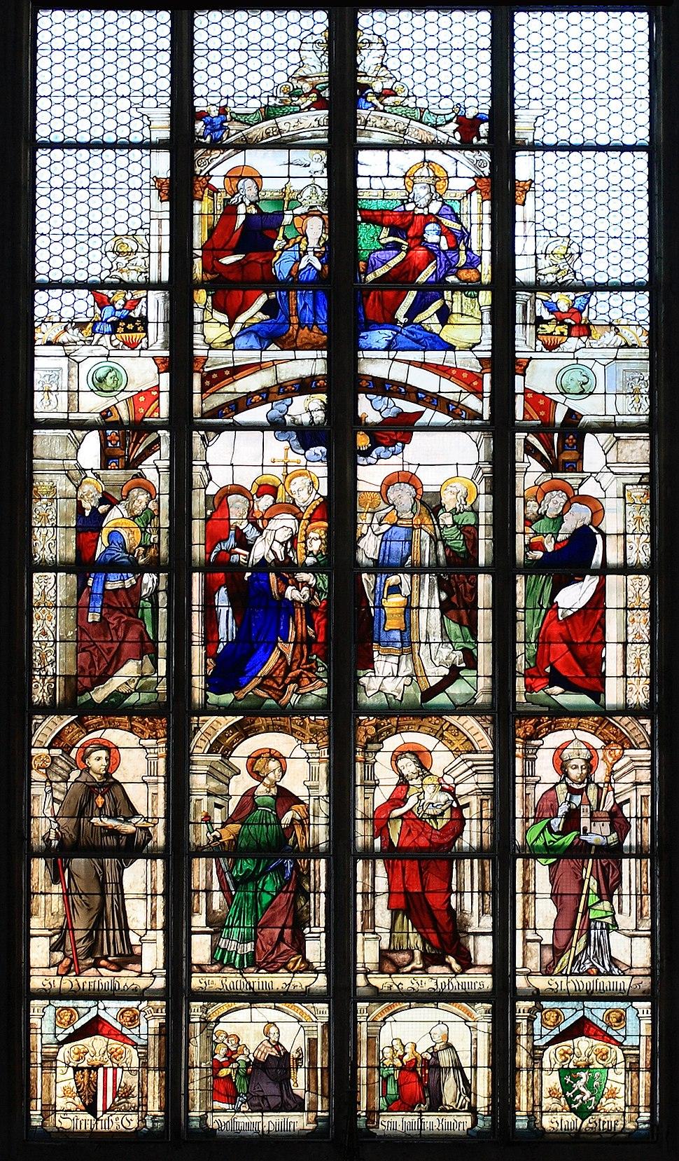 Stadtpfarrkirche Steyr - Renaissancefenster crop detail