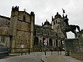 Statua e cattedrale di Porto. Ph Ivan Stesso.jpg