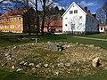 Steinsetting - kirkestedet ID 85037 IMG 2054 gamle soegne.jpg