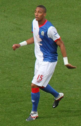 Steven Nzonzi - N'Zonzi playing for Blackburn Rovers in 2011.