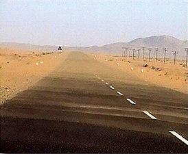 Strasse bei lüderitz.jpg
