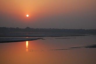National symbols of India - Image: Sunset on the Ganga river, Allahabad
