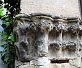 Tête de chapiteau du XIII e siècle de Saint-Pierre de Saint-Juien du Sault.jpg
