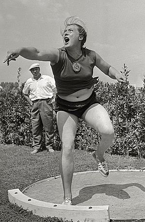 Tamara Press - Tamara Press at the 1960 Olympics
