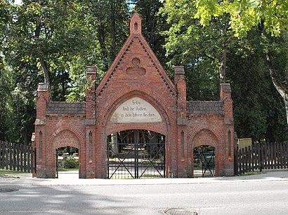 Uus-Jaani Kalmistu nerede, toplu taşıma ile nasıl gidilir - Yer hakkında bilgi