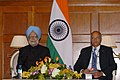 The Prime Minister, Dr. Manmohan Singh addressing a press conference regarding the Nuclear Security Summit, in Washington on April 13, 2010 (1).jpg