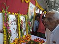 The freedom fighter (105 years old), Shri Satyendra Nath Chakraborty paying homage to the martyrs at the stall put up by the DAVP in Azadi Express (a special train) at Siliguri, West Bengal on March 19, 2008.jpg