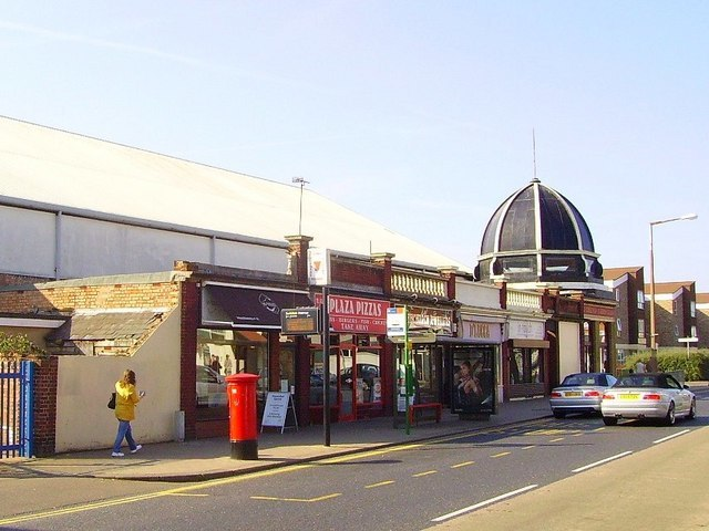 The old Plaza Cinema, Southchurch Road - geograph.org.uk - 973645