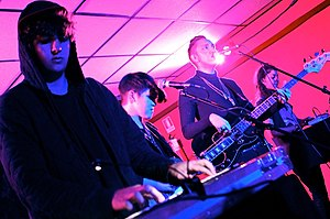 English: The xx play live at La Casa 139, Mila...