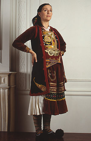 Filiates - Traditional Greek costume of Agioi Pantes, Filiates municipality (PFF's collection).