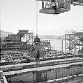 Timna in de Negevwoestijn het terrein van de kopermijnen met betonnen bakken vo, Bestanddeelnr 255-3663.jpg