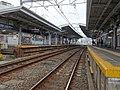 Togoshi-koen Station platforms 20170604.jpg