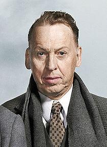 Tomas von Brömssen, rollporträtt från pjäsen Påklädaren på Göteborgs Stadsteater