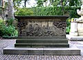 Tomb of the John Tradescants - geograph.org.uk - 618290.jpg