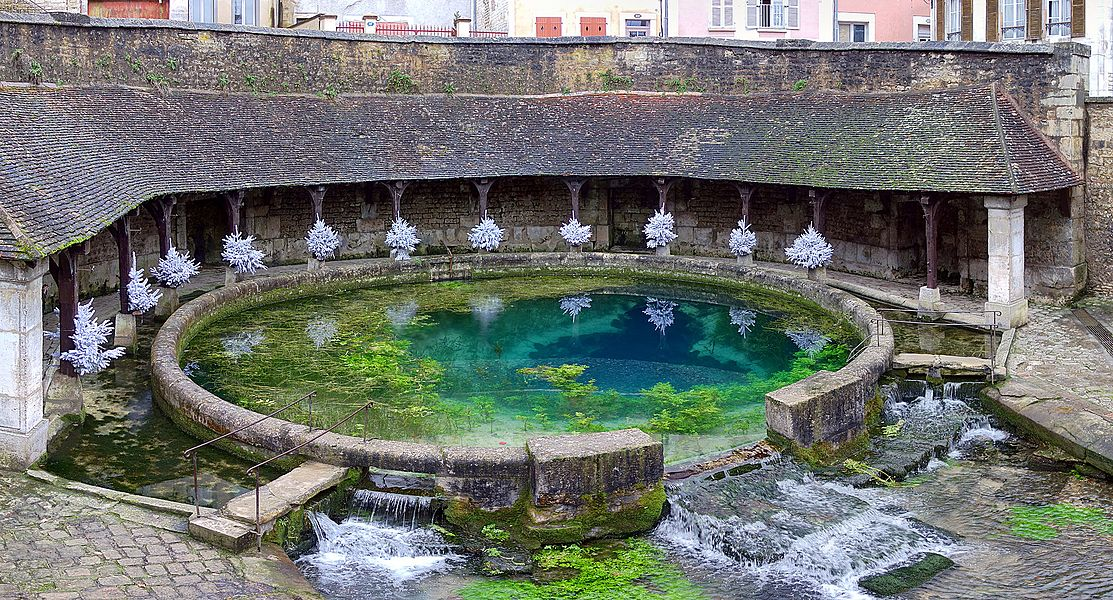 Fosse Dionne, spring and lavoir, in Tonnerre, France.
