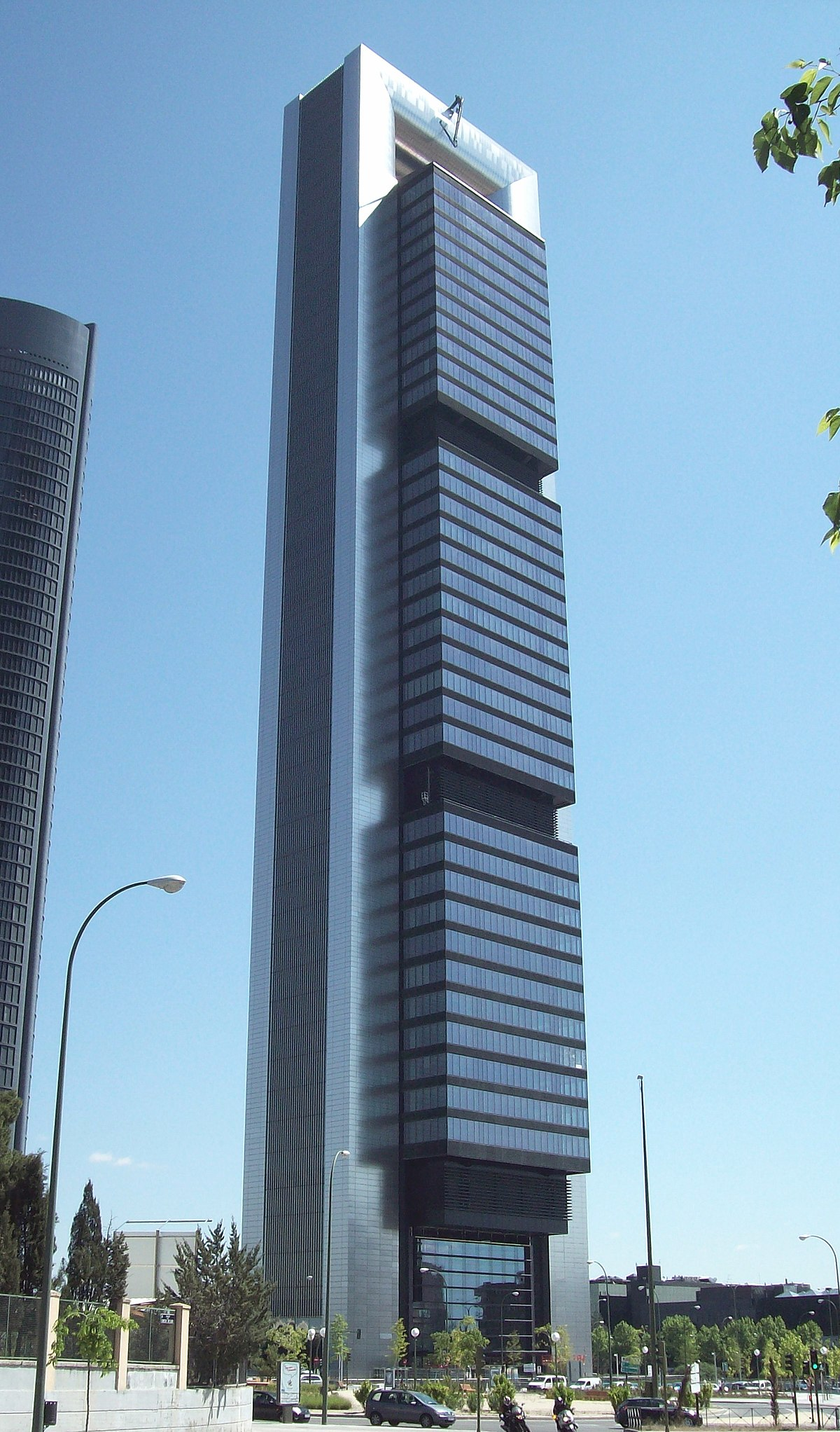 Architettura A Madrid torre cepsa - wikipedia