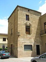 Torre de la Casa de los Chaves.jpg
