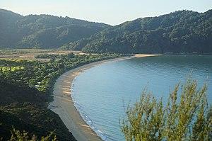 Abel Tasman Coast Track - Overlooking Totaranui Beach from Skinner Point