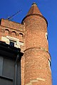 Tour de Serta à Toulouse vue de la rue Saint Rome.jpg