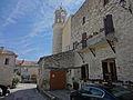 Tour de l'horloge et prieuré (Sigonce).JPG