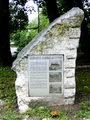 Tuckahoe quarry ny monument 2009.png