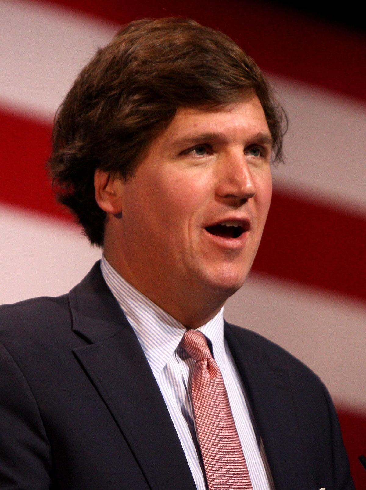 Tucker Carlson - Wikipedia