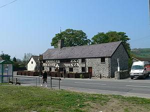 Edeirnion - Image: Ty Mawr, Gwyddelwern geograph.org.uk 791560