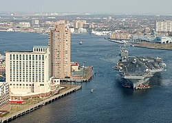 USS George Washington in Norfolk Naval Station.jpg