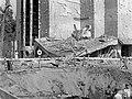 Városmajor, az Ördög-árokba csapódott bomba krátere a Jézus Szíve plébániatemplom mellett. Fortepan 71948.jpg