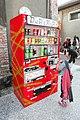 "Vending machine with word ""DuRaRaRa"".jpg"
