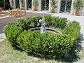 Viareggio, villa borbone, ext., parco 03 fontanella.JPG