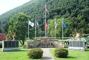 Renovo, Pennsylvania - Image: War memorial Renovo