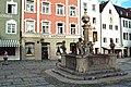 Weilheim in Oberbayern, der Stadtbrunnen.jpg