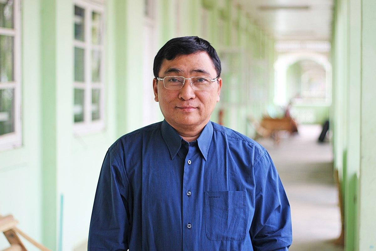 Myint Myat His Girlfriend – Home Exsplore
