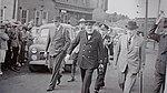 Winston Churchill a la gare de Charny le 10 aout 1943.jpg