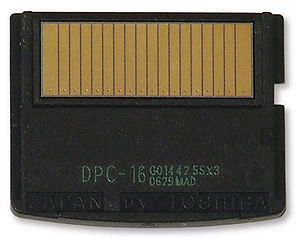 XD-Picture Card - The back of an xD card, showing the 18 pins