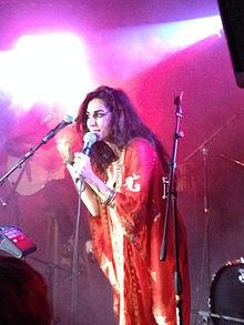 Yasmine Hamdan - Wikipedia