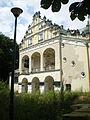Zabytkowy pałac w Poddębicach.JPG
