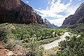 Zion National Park (15187512928).jpg