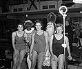 Zwemsters Rotterdam met Sint Nicolaas, Bestanddeelnr 904-5230.jpg