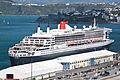 'Queen Mary 2', Wellington, New Zealand, 26th. Feb. 2011 - Flickr - PhillipC (5).jpg