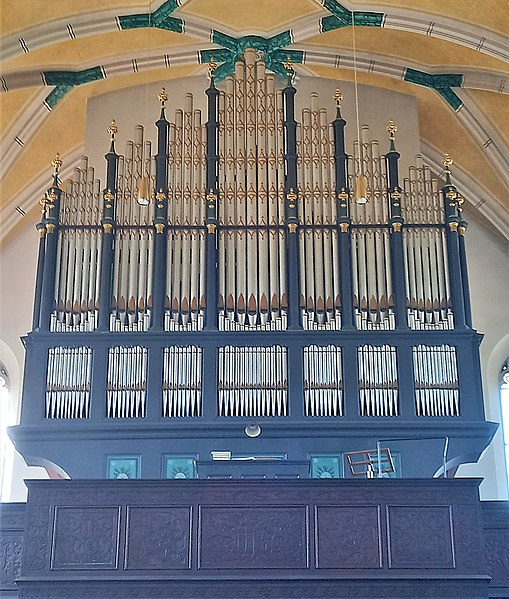Datei:Übersee, St. Nikolaus (Siemann-Orgel) (2).jpg