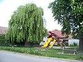 Šestajovice, Školská, dětské hřiště.jpg