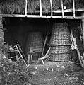 Šupa, (tudi lupa) s kofi (edn. kofa) za oglje, Hrušica 1955.jpg