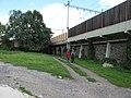 Železniční trať Kralupy nad Vltavou - Děčín, koridor v Malých Žernosecích.JPG