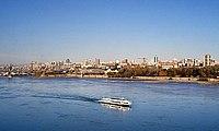 Вид на правый берег с Коммунального моста.jpg