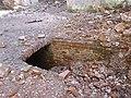 Вхід в підземелля в костелі Св.Лаврентiя.JPG