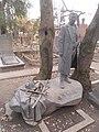 Могила художника Митрофана Грекова.JPG