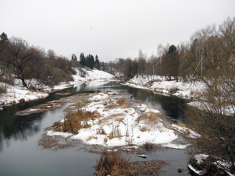 Vaizdas:Протва зимой (Верея).JPG