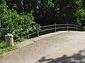 Пушкин. Екатерининский парк. Мост у входа с треугольной площадки01.jpg